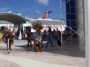 Carnival Glory Cancun Cozumel Mexico Begrüssung