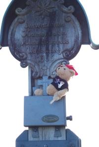 Jack Bearow am Gipfelkreuz des Zwiesel