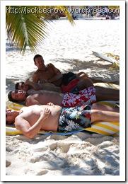 Jungs Sonnenbaden