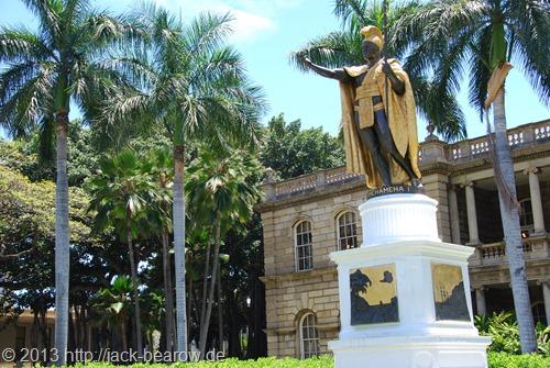 05_King-Kamehameha-Statue-Honolulu-Oahu-Hawaii