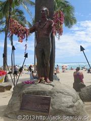 13_Duke-Paoa-Kahanamoku JackBearow-Waikiki-Beach-Honolulu-Oahu-Hawaii