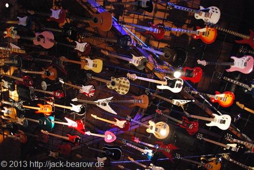 20_HardRockCafe-Gitarren-Waikiki-Honolulu-Oahu-Hawaii