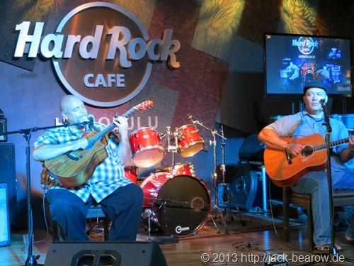 22_HardRockCafe-Liveband-Waikiki-Honolulu-Oahu-Hawaii