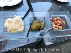 16_Seehotel-Ueberfahrt-Bar-Snacks_Parmesan_Oliven_Nüsse